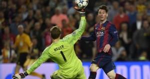 Lionel Messi doubles Barcelona's advantage over Bayern Munich in the Champions League