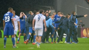 Dnipro celebrate after defeating Napoli to make it to the Europa League final