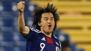 Leicester have signed Japanese striker Shinji Okazaki from Mainz