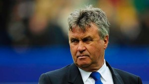 Veteran Dutch boss Guus Hiddink is the favourite for the vacant managerial Leicester job