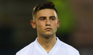 Manchester City have signed highly-rated young midfielder Patrick Roberts from Fulham