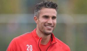 Manchester United striker Robin van Persie looks set to join Turkish giants Fenerbahce