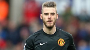 Manchester United 'keeper David de Gea could now stay at Old Trafford with negotiations over a new contract taking place