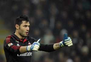Former-AC Milan 'keeper Marco Amelia is reportedly training with Chelsea