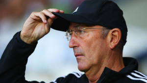 West Brom boss Tony Pulis has tipped CRustal Palace boss Alan Pardew as the next England boss